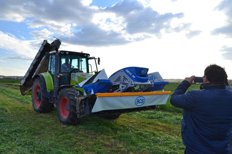 segadora frontal tractor Neva R8