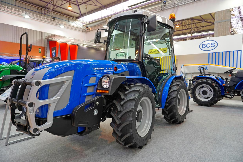 nuevos tractores Vithar L80N de 75CV ultra-compactos