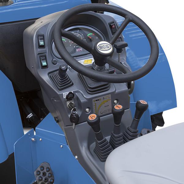 Mandos del tractor BCS Invictus K600