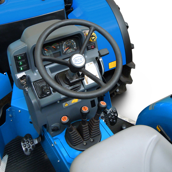 Mandos del tractor BCS Volcan 850-950