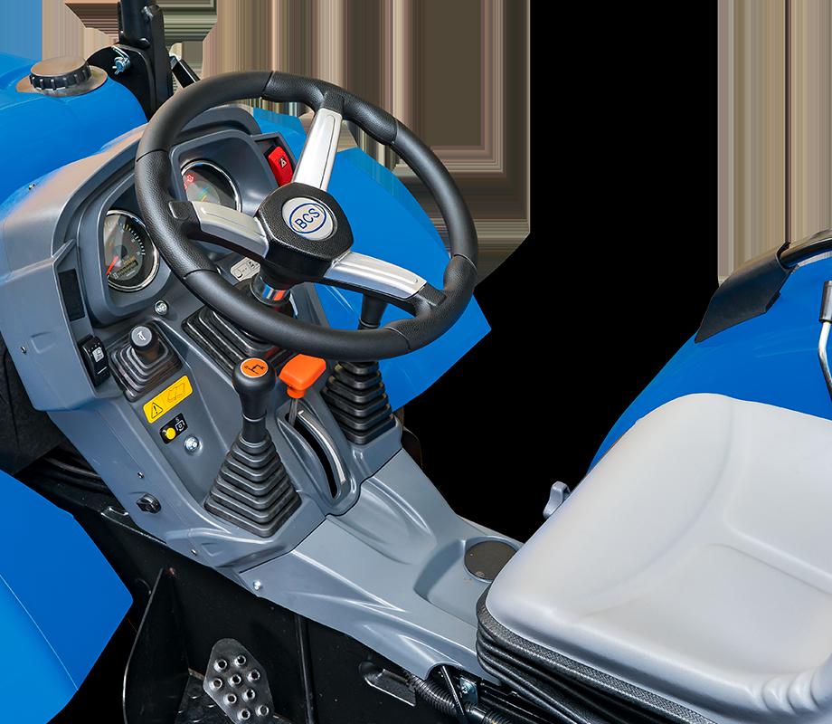 Conducción y seguridad del tractor BCS Invictus K400 SDT RS