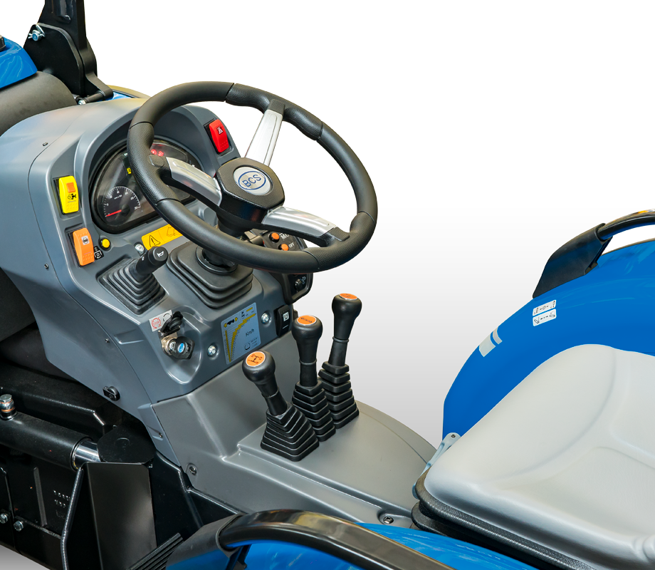 Condução e segurança do trator BCS Vithar L80 rígido