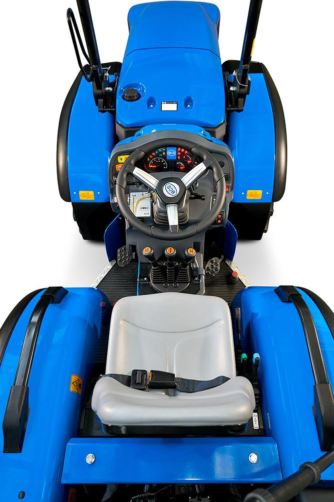 Detalle tractor BCS Vithar L80N AR